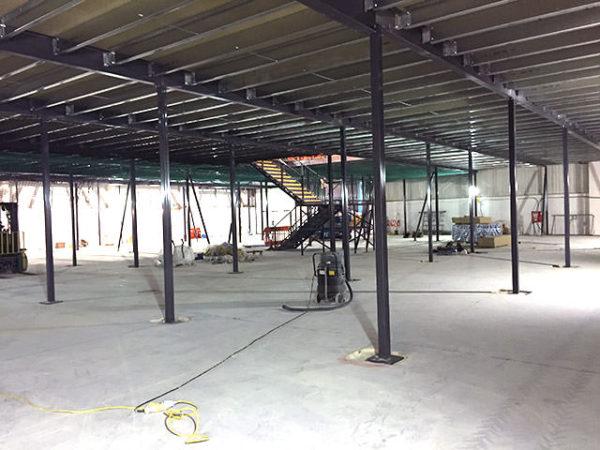 laboratory mezzanine building works