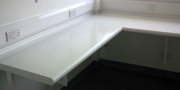 bullnose laboratory worktop for hospitals