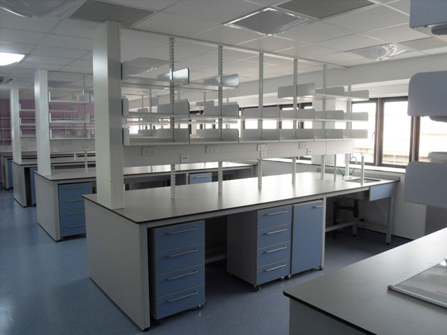 Kings Cross Hospital Laboratory Installation