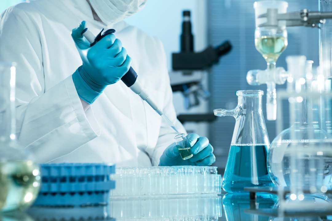 working with laboratory furniture   the four new elements